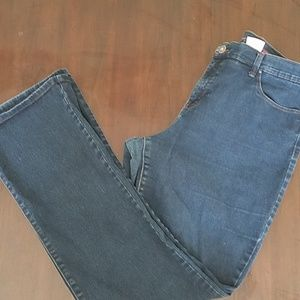 Size 18 style and co Jean's
